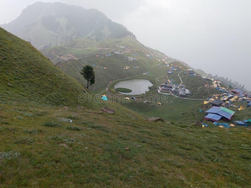 Seenatur Himachal Pradesh lizenzfreie stockbilder