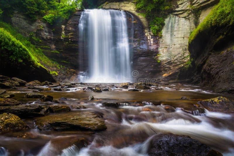 Seende exponeringsglas faller, i den Pisgah nationalskogen, North Carolina royaltyfria foton