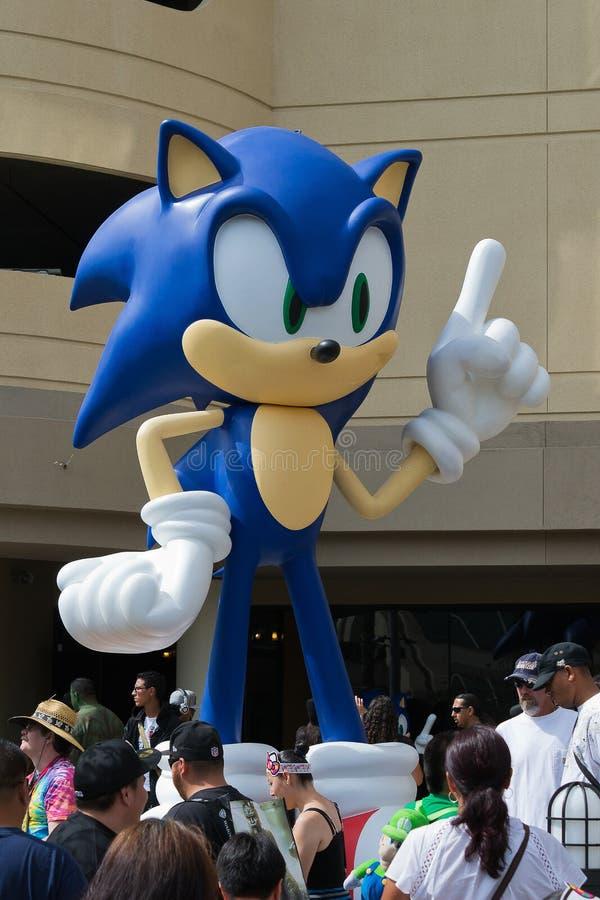 Sega Sonic The Hedgehog, no engodo cômico imagens de stock royalty free