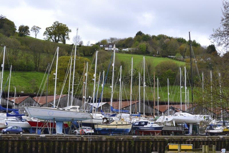 Segel-Boots-Kai an baltischem Kai Boatyard Totnes Devon Großbritannien lizenzfreie stockbilder