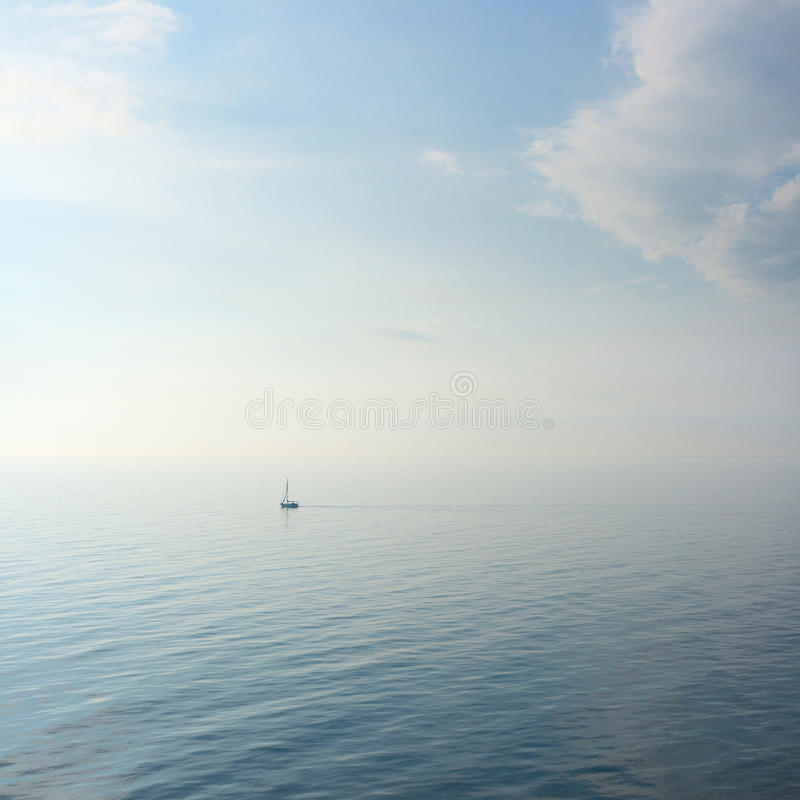 Segelboot lizenzfreie stockfotografie
