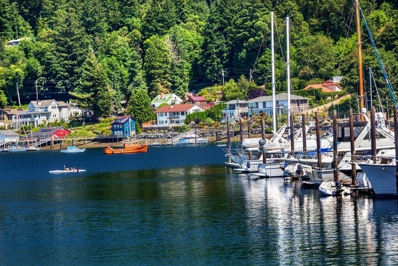 Segelboot-Jachthafen-Kajak-Konzert-Hafen Washington stockbilder