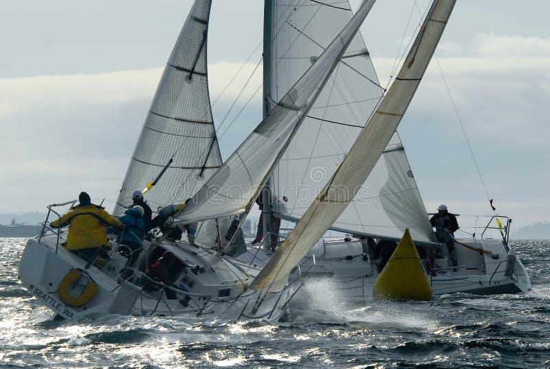 Segelboot-Laufen stockbild