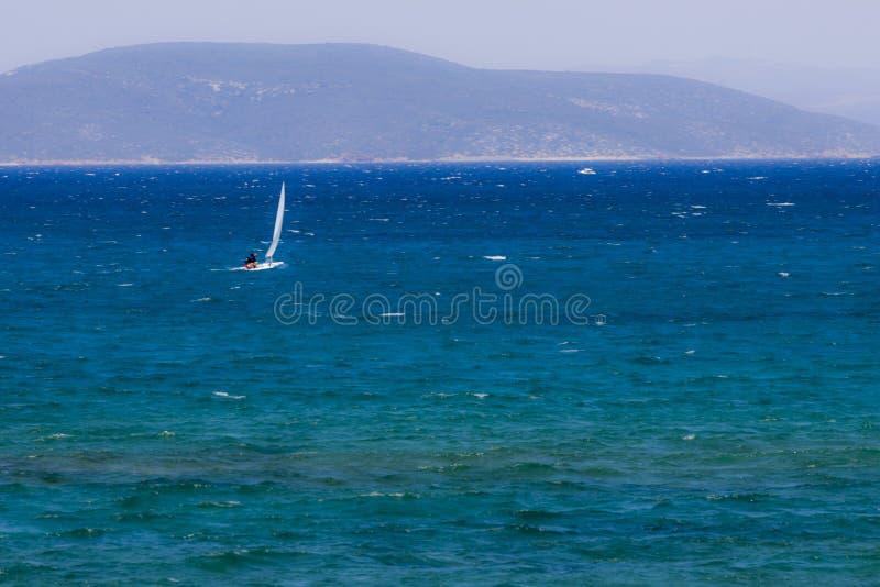 Segeln auf das türkische Ägäische Meer stockbilder