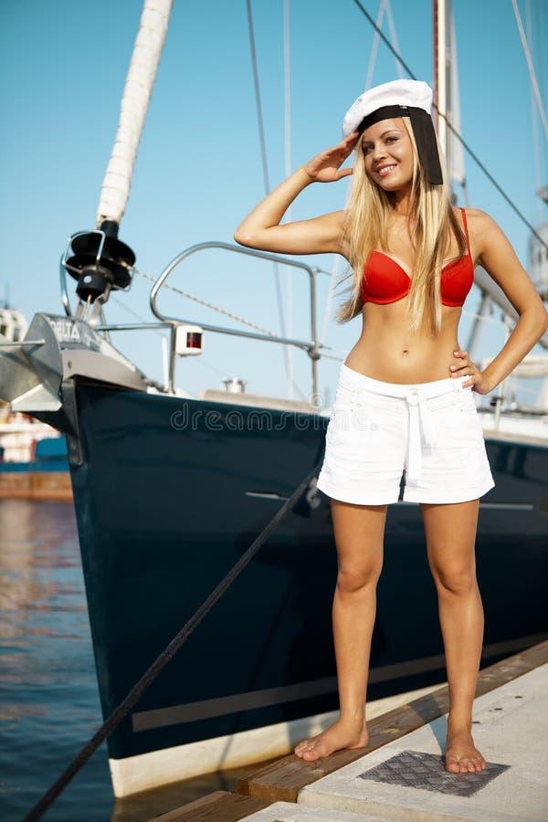 Segeln auf Yacht stockfoto