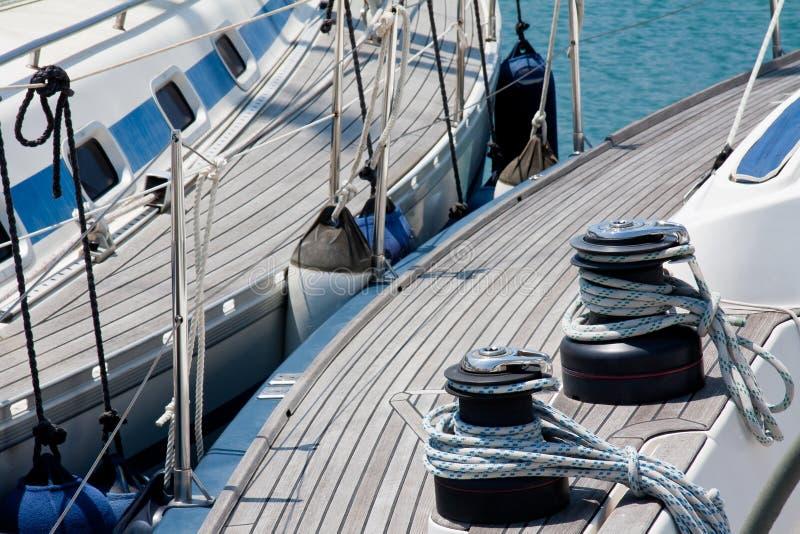 Segelnboote stockbild