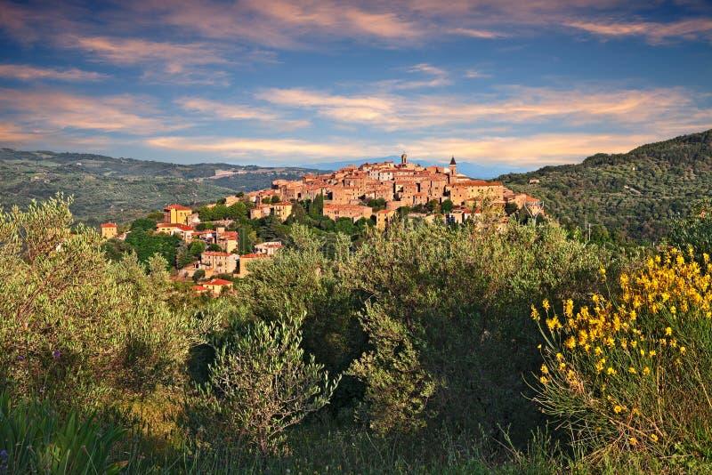 Seggiano, Гроссето, Тоскана, Италия: ландшафт сельской местности стоковая фотография