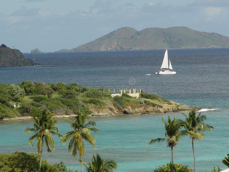 segla som är tropiskt royaltyfria foton