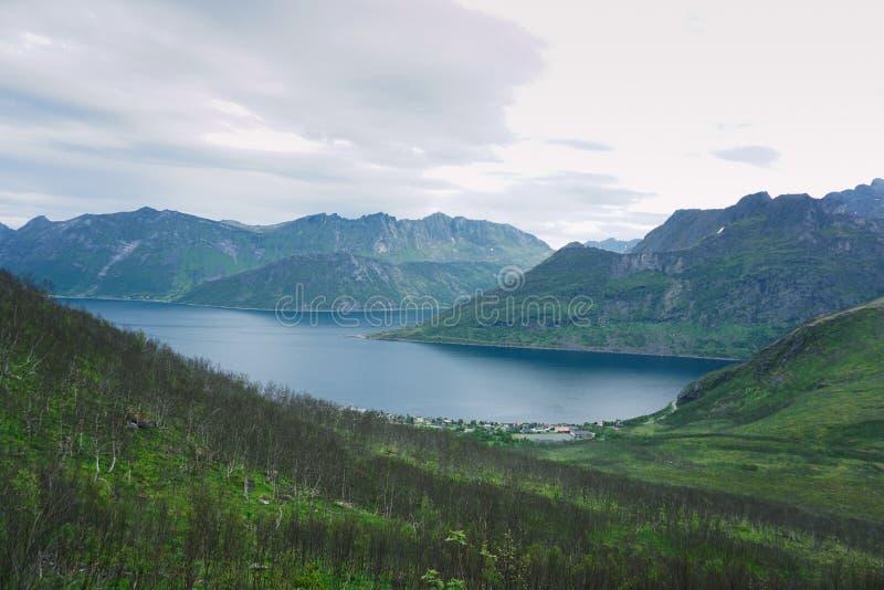 Seglaberg, Senja, Noorwegen stock foto's