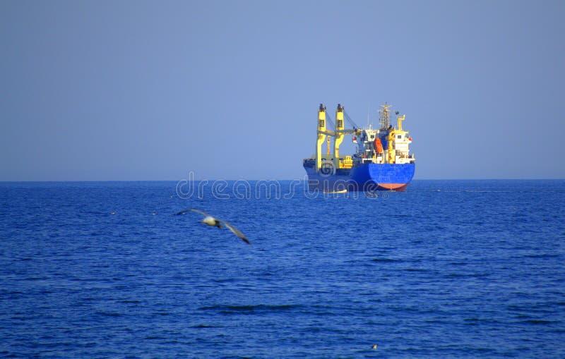 Seglinglastfartyg royaltyfria foton