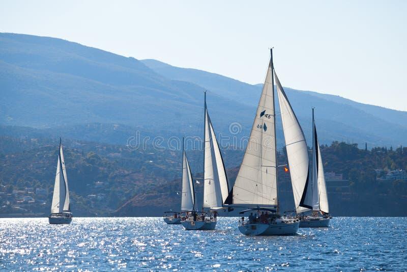 Seglingregatta Viva Grekland 2012 royaltyfri fotografi