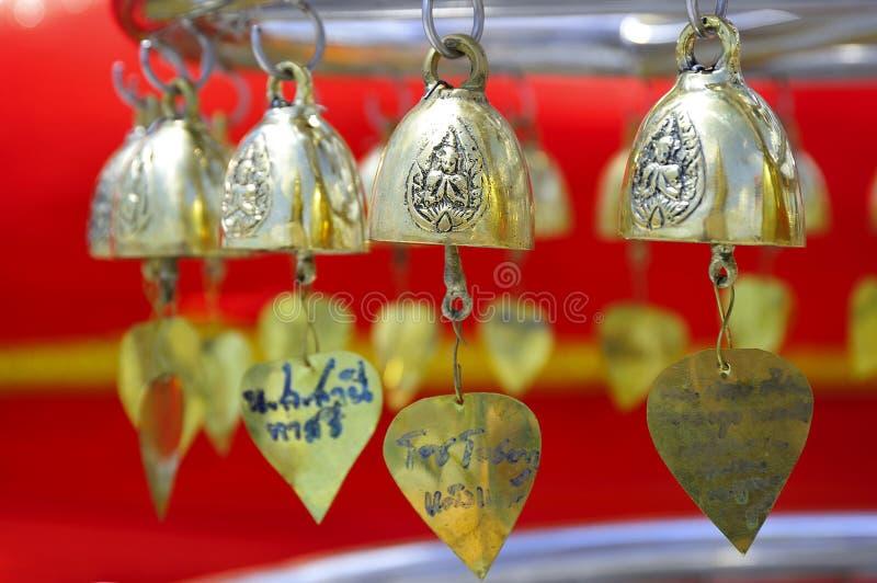 Segnalatore acustico dorato della Tailandia Bangkok piccolo fotografia stock