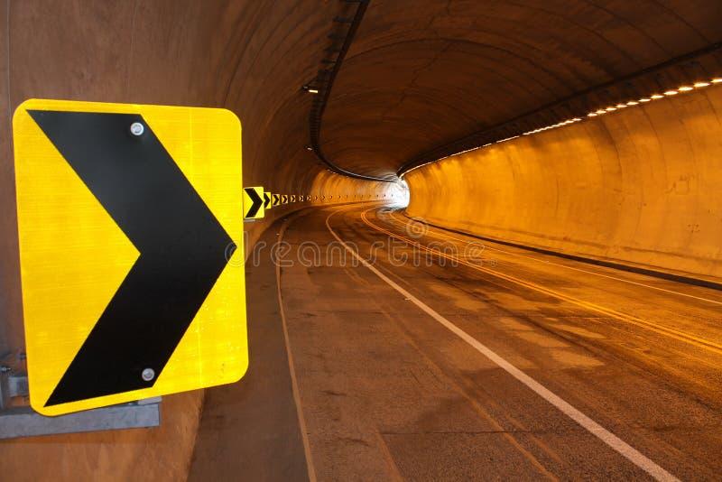 Segnale all'interno del tunnel immagine stock libera da diritti