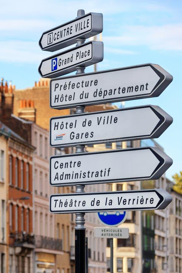 Segnale stradale a Lille, Francia fotografie stock