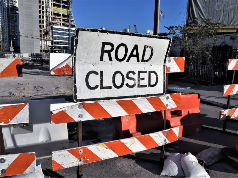 Segnali stradali, Tampa immagine stock libera da diritti