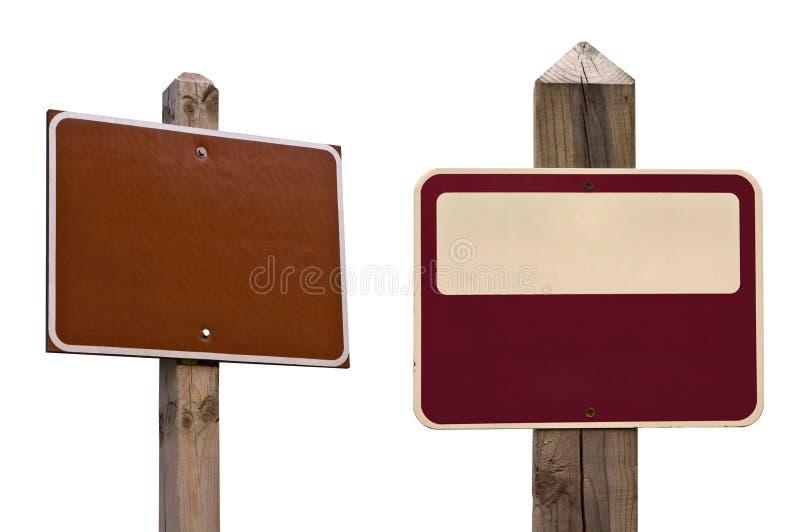 Segni con i percorsi di residuo della potatura meccanica fotografia stock