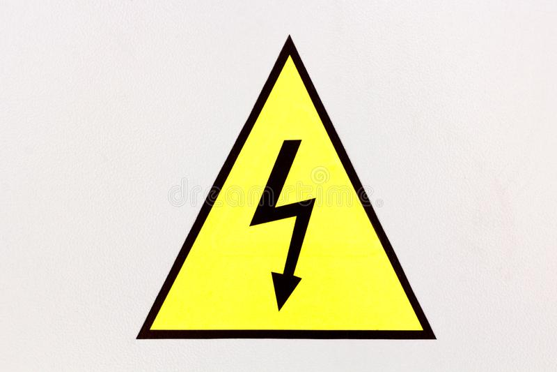 Segno ad alta tensione generico del pericolo, simbolo fotografia stock libera da diritti