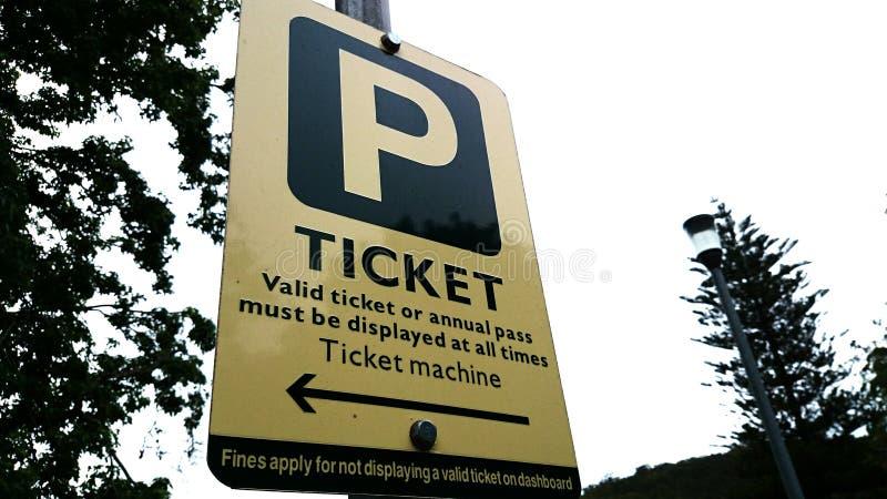 Segno del biglietto di parcheggio fotografia stock