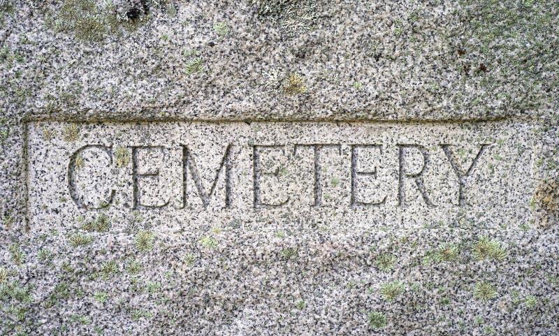 Segno del granito del cimitero fotografia stock libera da diritti