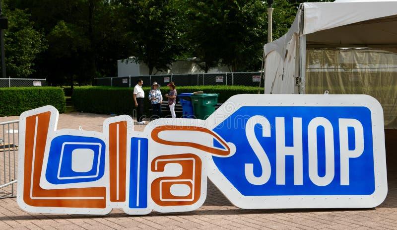 Segno del negozio di ricordo di Lollapalooza immagini stock