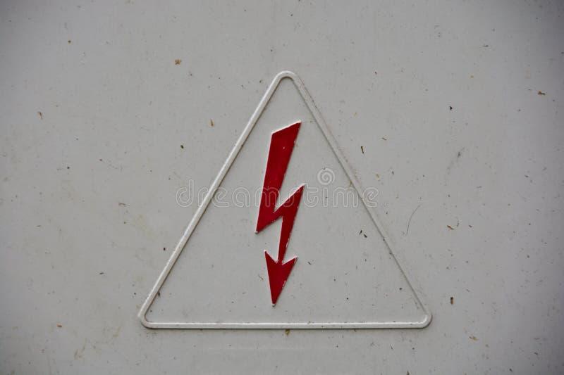 Segno del pericolo di scossa elettrica fotografia stock