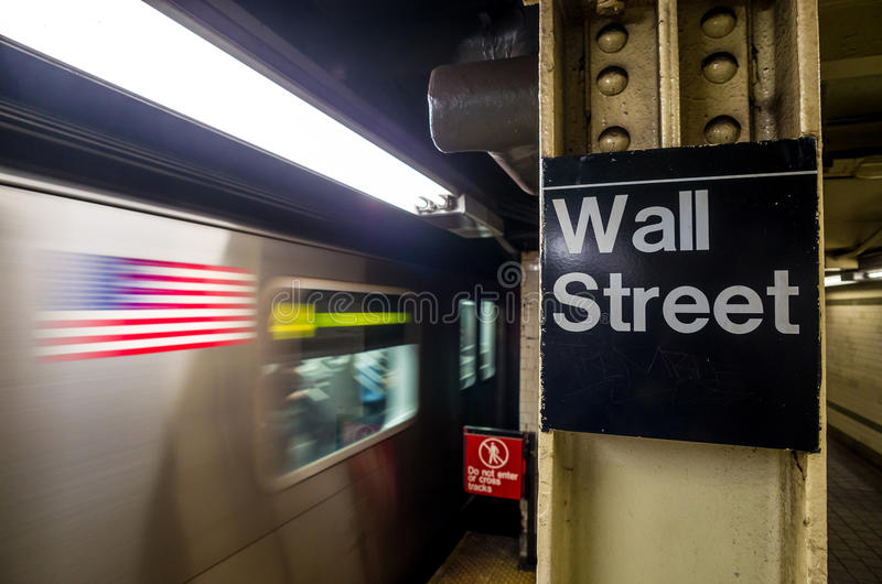 Segno del sottopassaggio di Wall Street fotografia stock libera da diritti