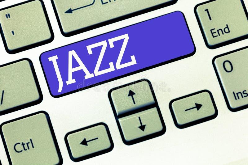 Segno del testo che mostra jazz Ritmo valido della foto concettuale facendo uso di ottone e dei legni per giocare la musica immagine stock