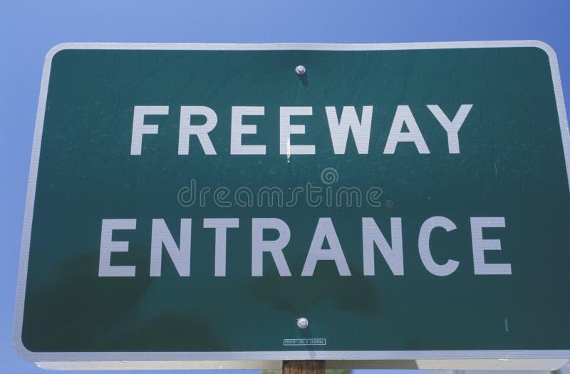 Segno dell'entrata per l'autostrada senza pedaggio immagine stock libera da diritti
