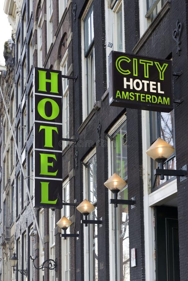 Segno dell'hotel immagini stock