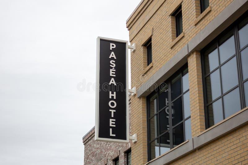 Segno dell'hotel di Pasea immagine stock