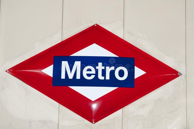 Segno della metropolitana - Madrid - Spagna fotografia stock libera da diritti