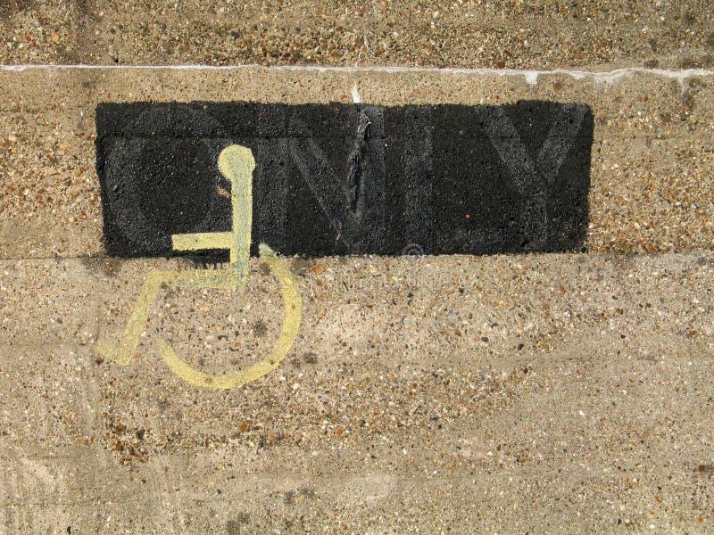 Segno della sedia a rotelle fotografia stock libera da diritti