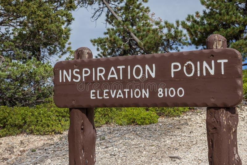 Segno di legno al punto di ispirazione in Bryce Canyon fotografia stock