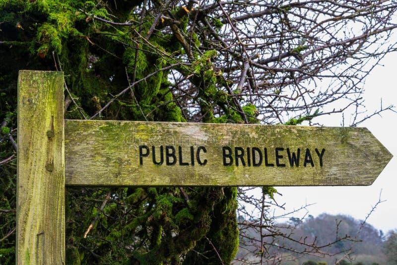 Segno di legno di Bridleway fotografie stock libere da diritti