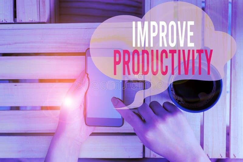 Segno di testo che mostra una maggiore produttività Foto concettuale per aumentare l'efficienza della macchina e del computer fem immagine stock