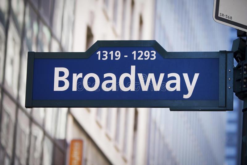 Segno di via del Broadway immagine stock