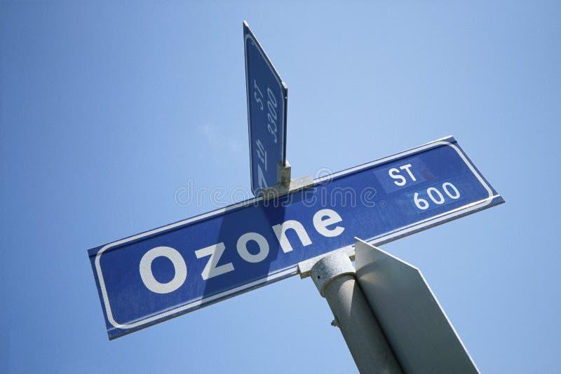 Segno di via - via dell'ozono immagini stock libere da diritti
