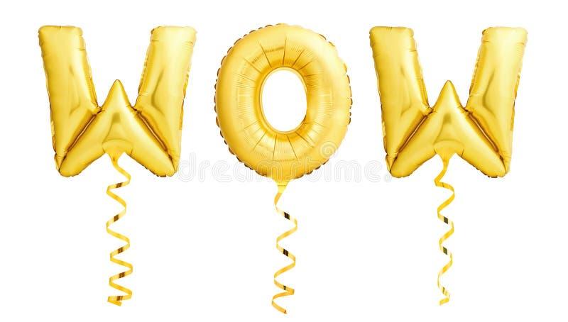 Segno di wow fatto dei palloni gonfiabili dorati con i nastri su fondo bianco fotografie stock libere da diritti