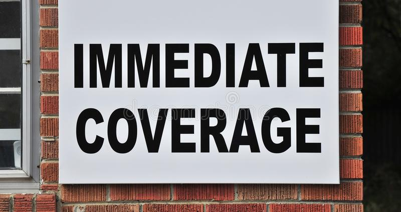 Segno immediato di copertura di assicurazione fotografia stock