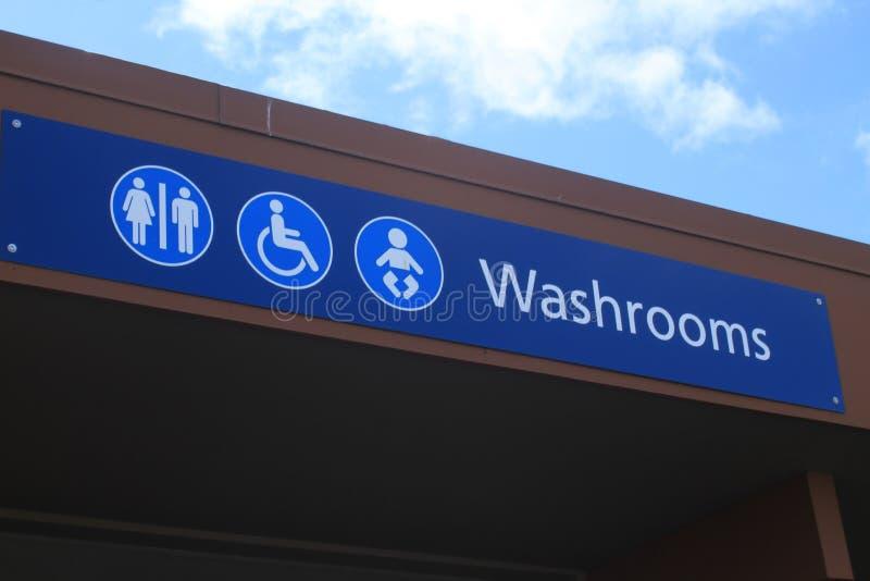 Segno orizzontale della toilette fotografie stock libere da diritti