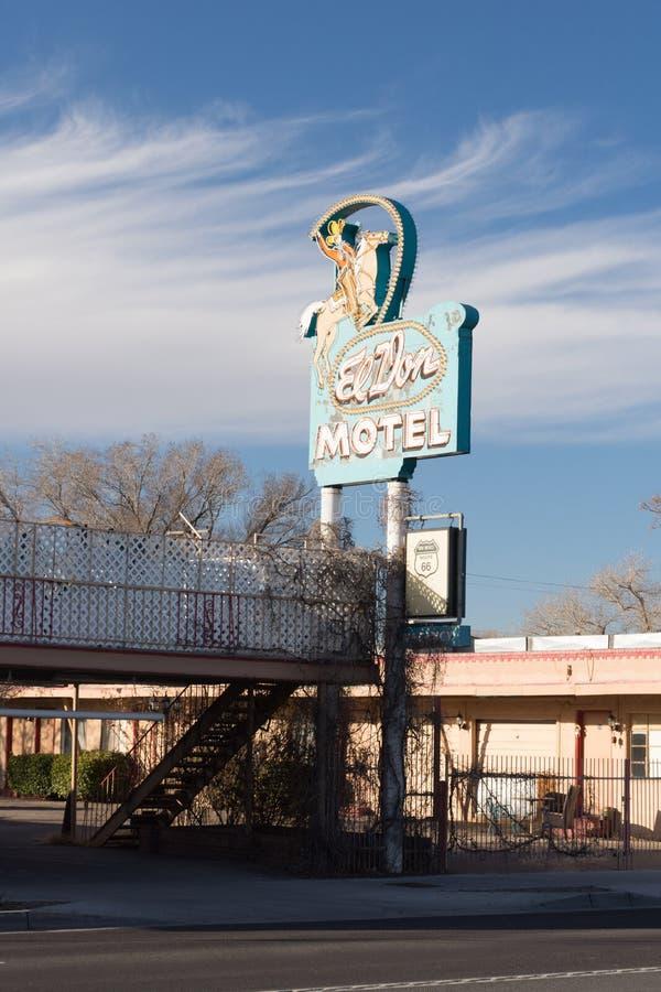 Segno per il EL Don Motel su Route 66 storico, Albuquerque, nanometro immagini stock libere da diritti
