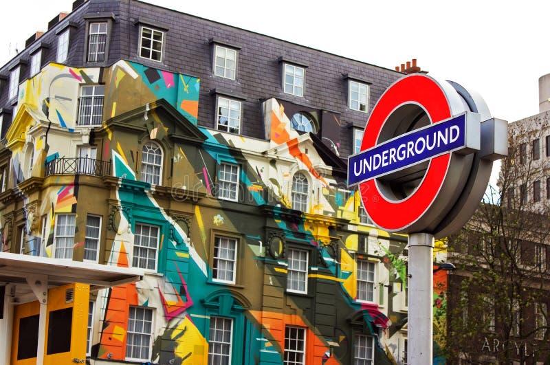 Segno sotterraneo di Londra immagini stock libere da diritti