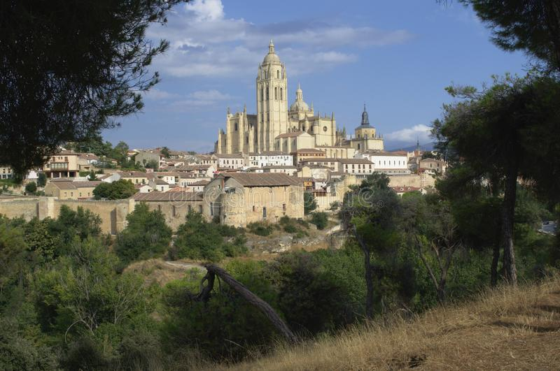 Segovia γοτθικοί τοίχοι καθεδρικών ναών και πόλεων Segovia εικονική παράσταση πόλης Καστίλλη και Leon Ισπανία στοκ φωτογραφίες με δικαίωμα ελεύθερης χρήσης