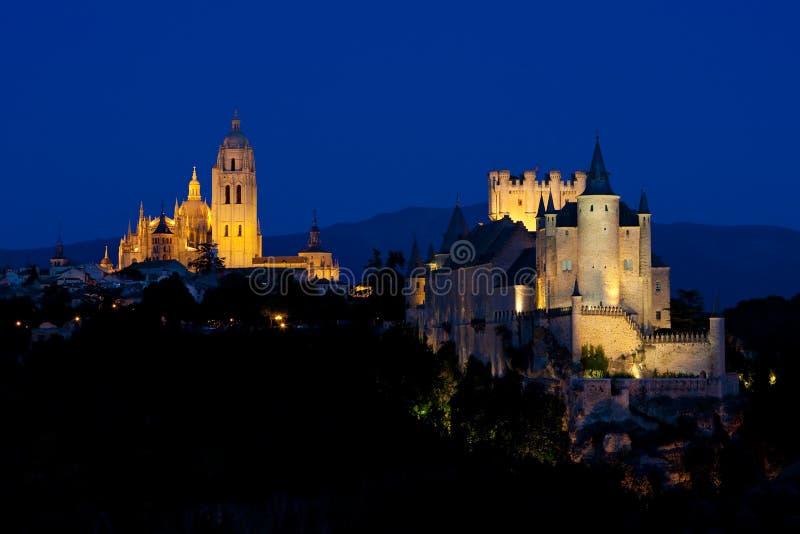 Segovia alla notte, la Castiglia e Leon, Spagna immagine stock libera da diritti