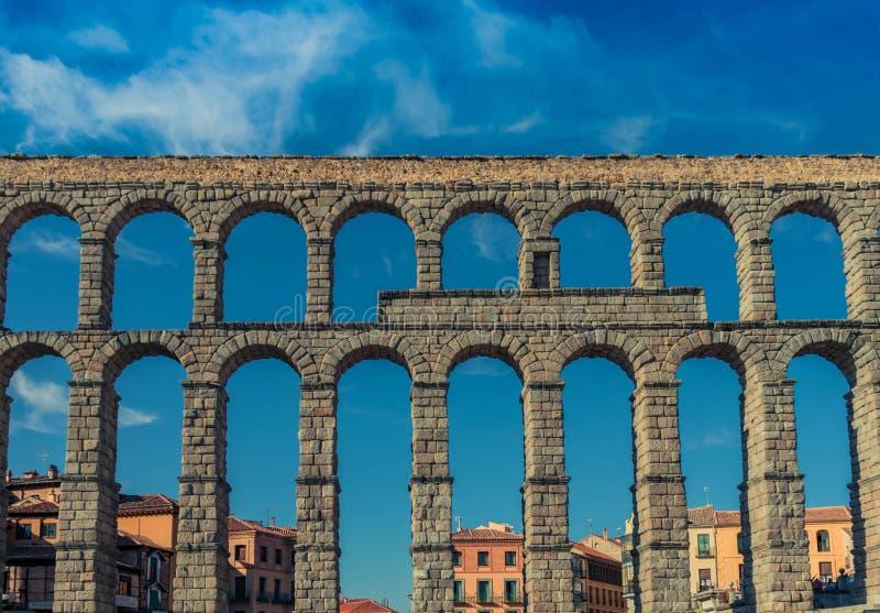 Segovia Aquaduct Muur achtermening royalty-vrije stock fotografie