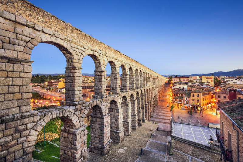 Segovia, aqueduto da Espanha imagem de stock