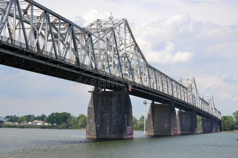 Segunda ponte da rua em Louisville, Kentucky imagem de stock