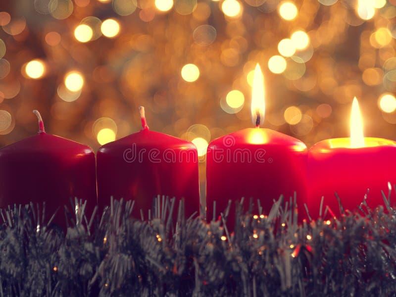 Segunda vela que queima-se, conceito do advento do Natal imagens de stock royalty free