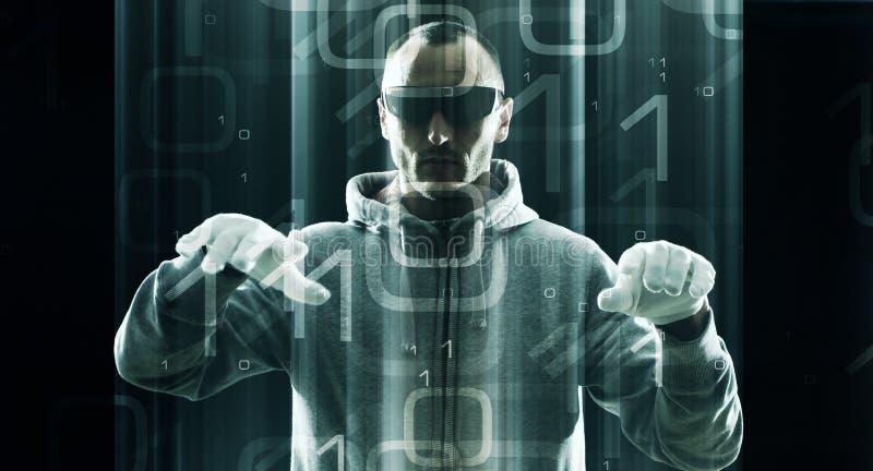 A segurança do Cyber, admin protege a rede da empresa foto de stock