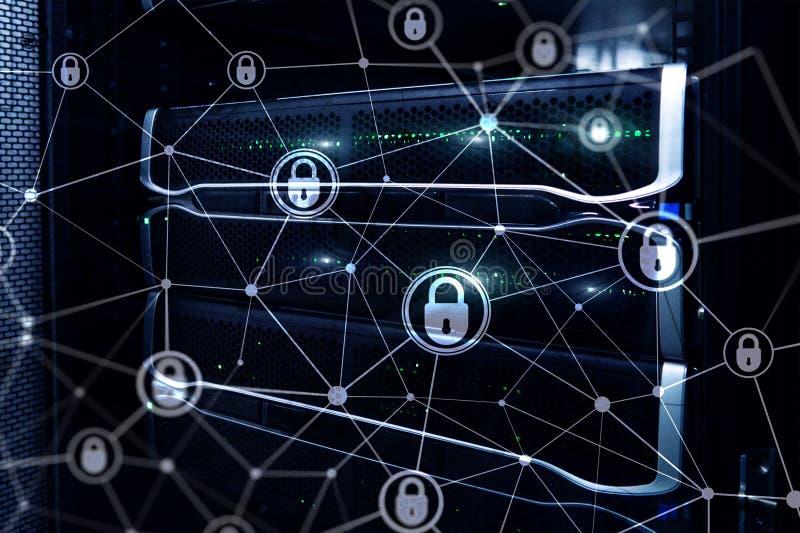 Segurança do Cyber, privacidade da informação, conceito da proteção de dados no fundo moderno da sala do servidor Internet e digi imagens de stock royalty free